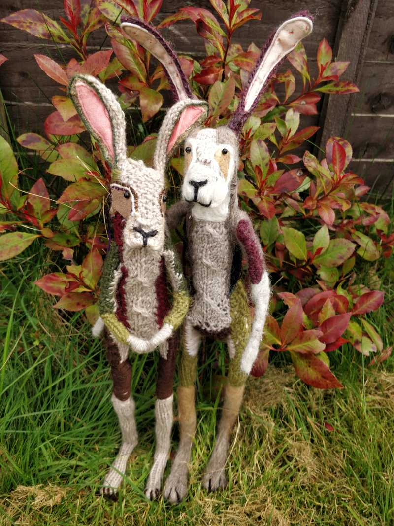 Hare sculptures made with yarn and wire